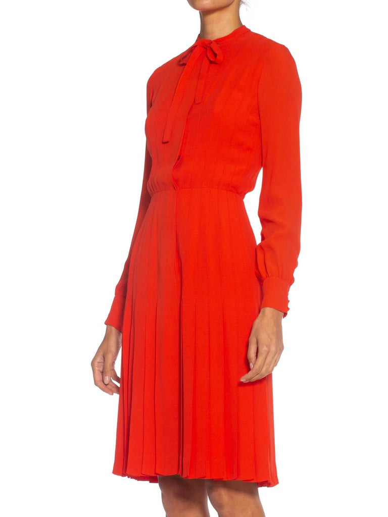 1980S CHANEL Persimmon Haute Couture Silk Crepe Bow Neck Dress With Sleeves For Sale 3