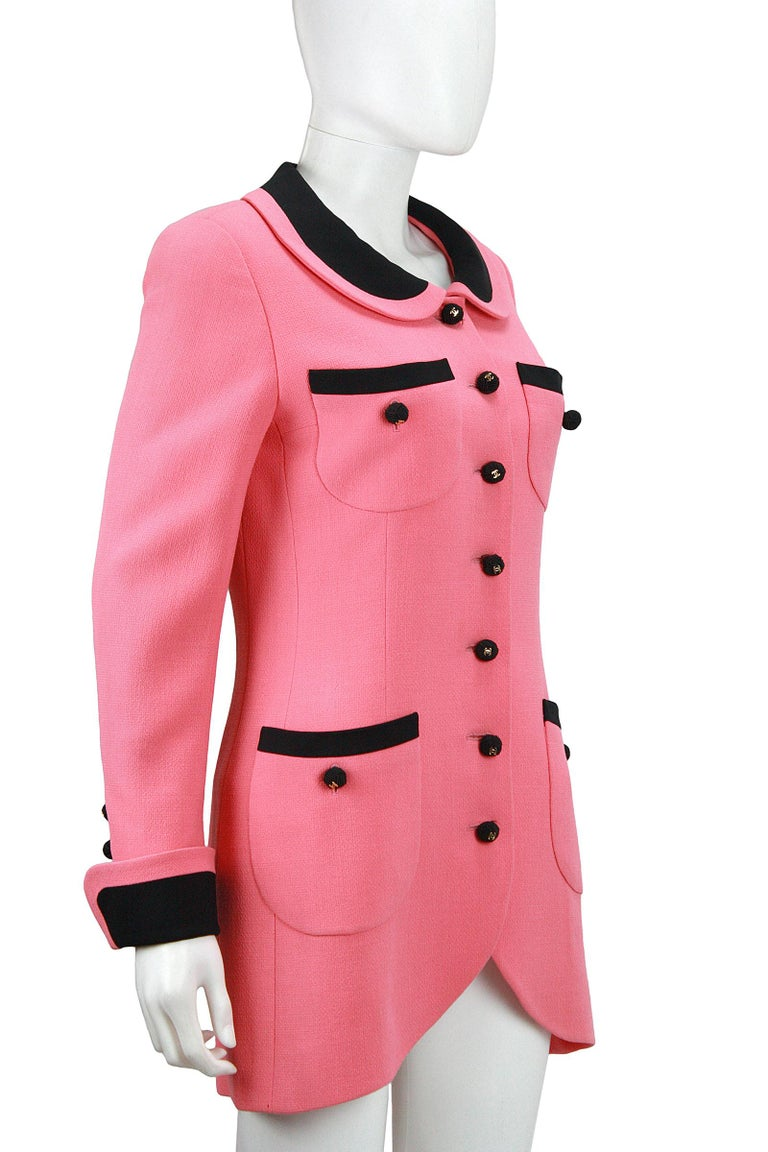 1980s Chanel Pink, Black Trim Peter Pan Collar & Tulip Hem Jacket, or Mini-Dress In Good Condition For Sale In Los Angeles, CA