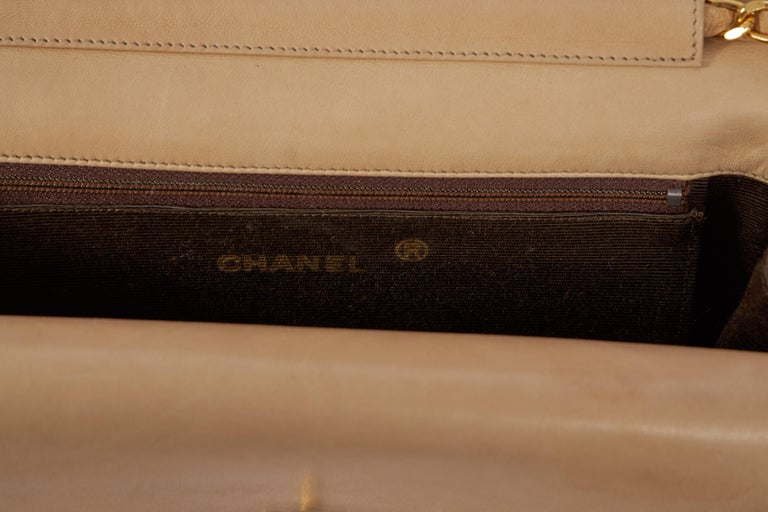 1980's Chanel Vintage Beige Double Flap Quilted Bag For Sale 1