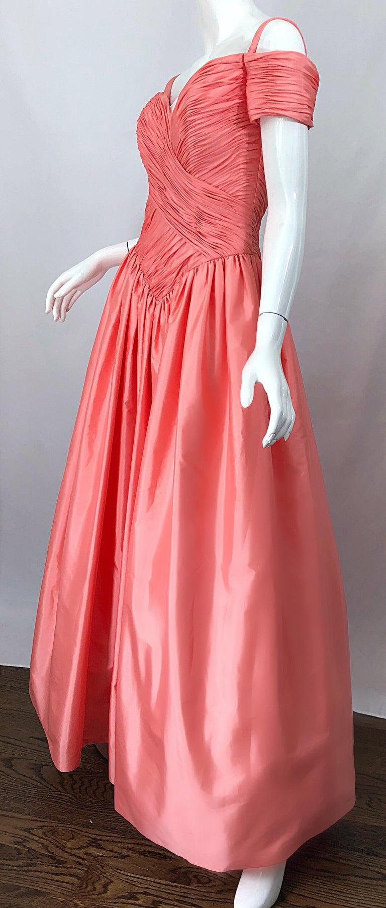 1980s Chris Kole Coral Pink Size 6 Off the Shoulder Silk Taffeta Vintage Gown For Sale 7