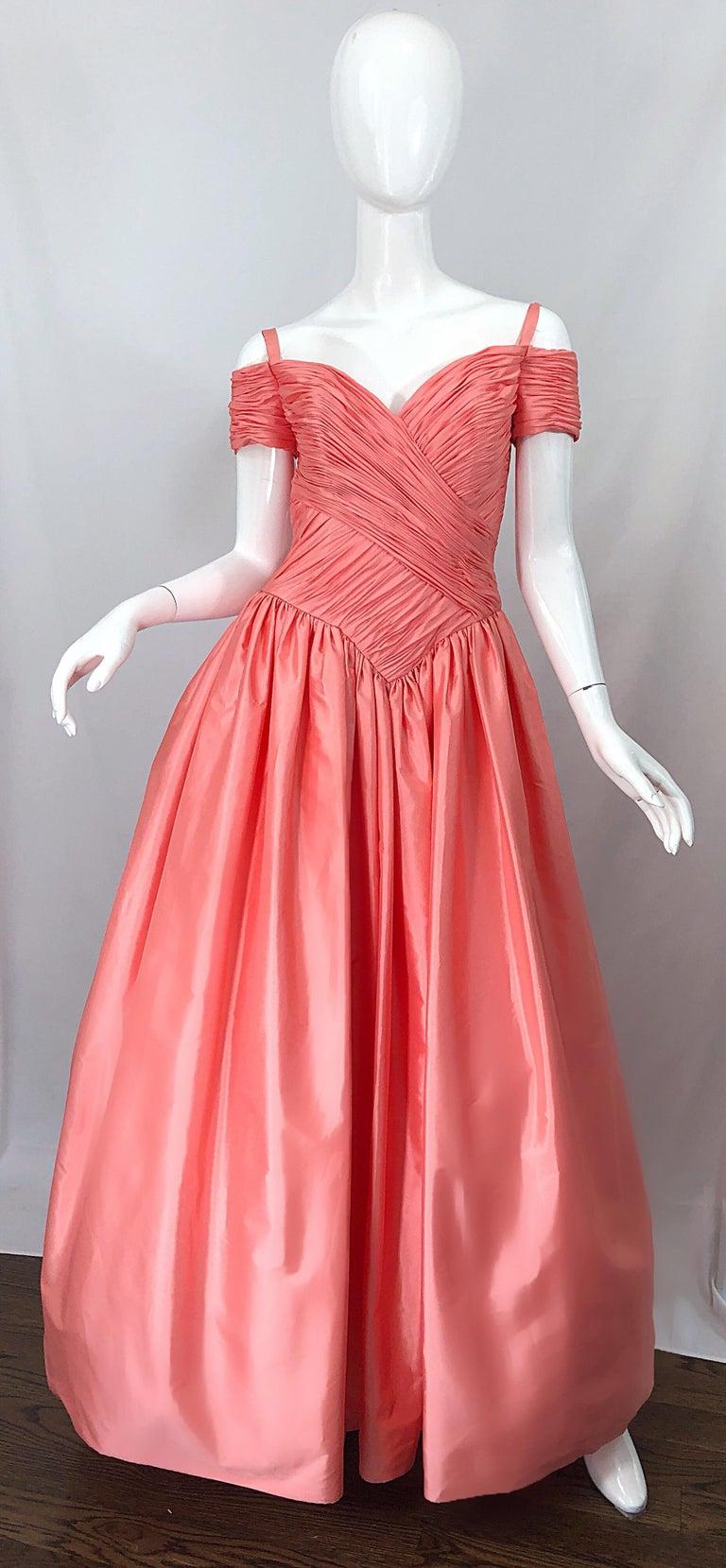 1980s Chris Kole Coral Pink Size 6 Off the Shoulder Silk Taffeta Vintage Gown For Sale 11