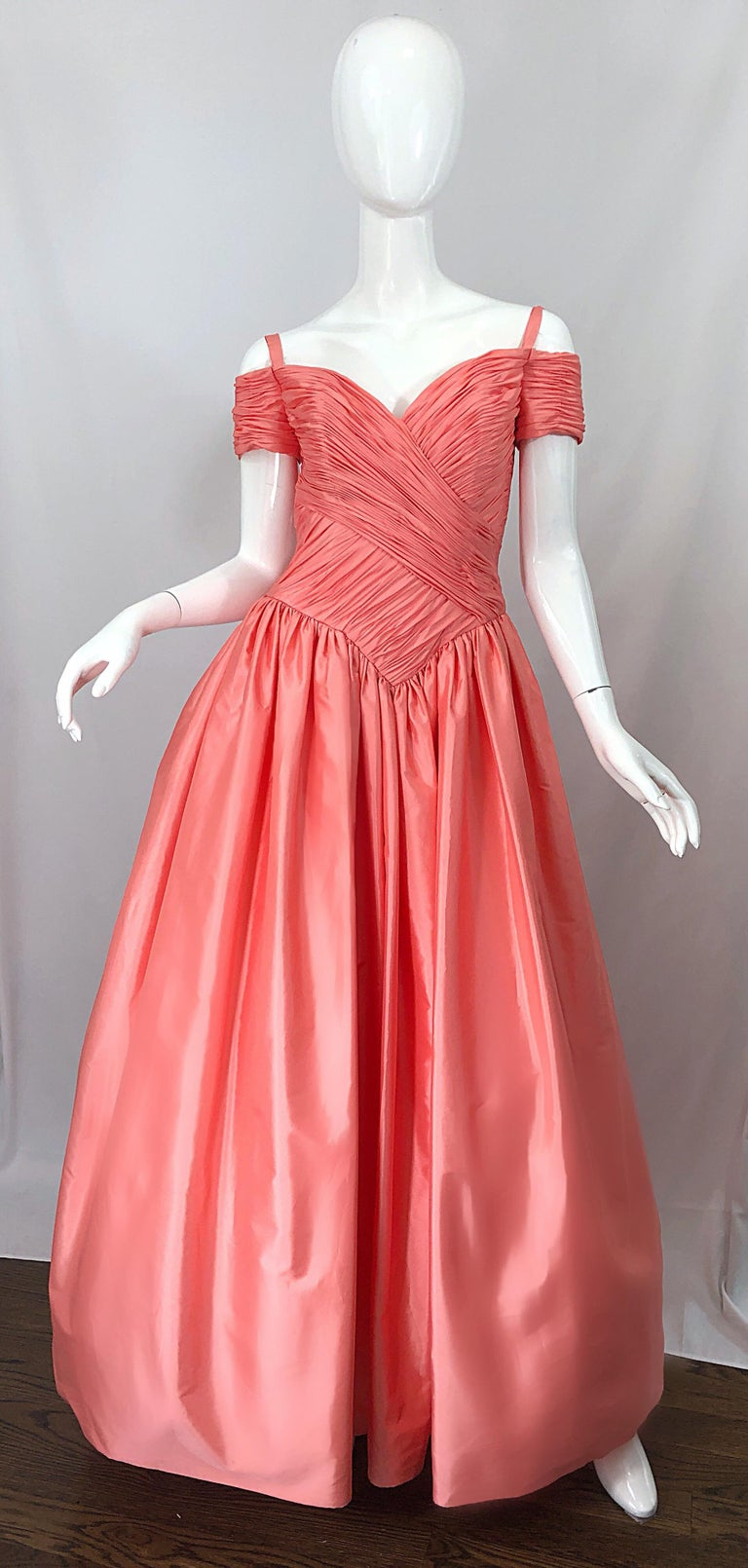 Beautiful 80s CHRIS KOLE for LILLE RUBIN coral pink / salmon silk taffeta off-the-shoulder evening gown! Features a flattering ruched tailored boned bodice with elastic straps at top shoulder. Flattering and forgiving full skirt with a built in