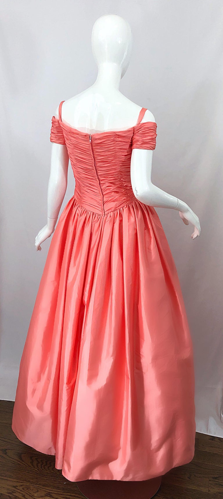 1980s Chris Kole Coral Pink Size 6 Off the Shoulder Silk Taffeta Vintage Gown For Sale 1
