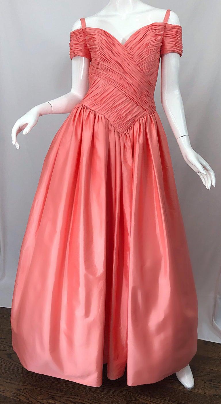 1980s Chris Kole Coral Pink Size 6 Off the Shoulder Silk Taffeta Vintage Gown For Sale 4