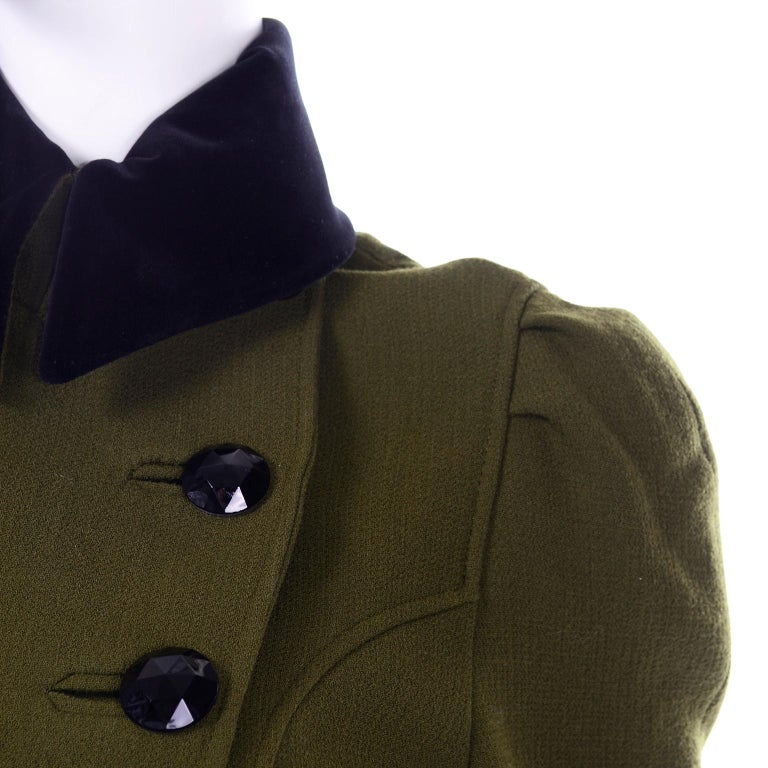 1980s Christian Lacroix Green Wool Double Breasted Jacket w/ Black Velvet Collar For Sale 6