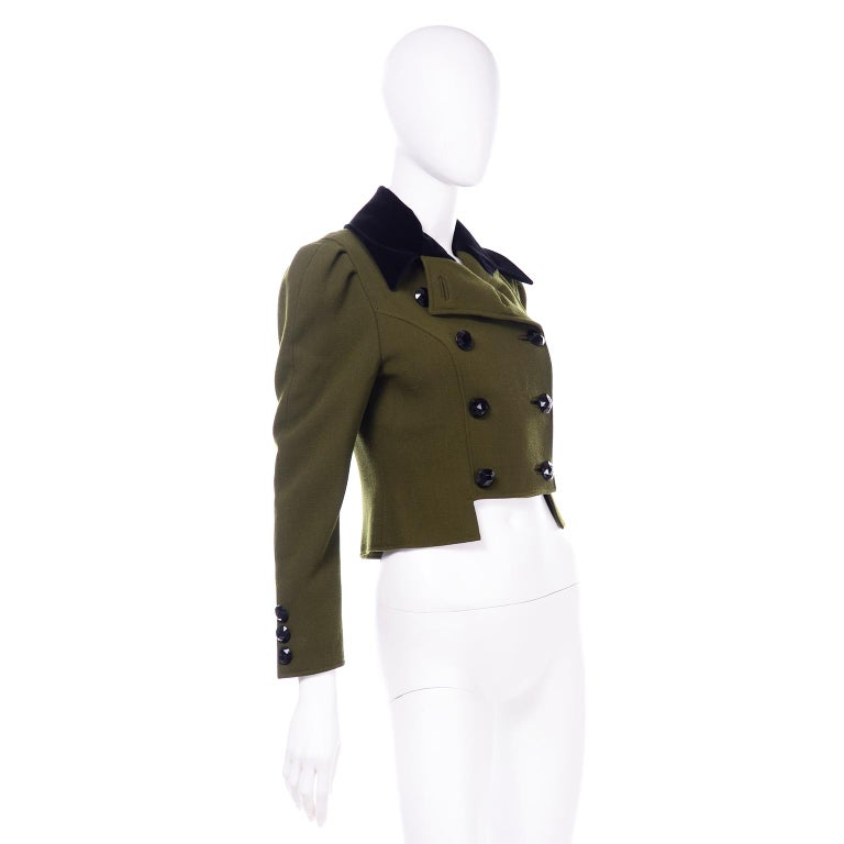 1980s Christian Lacroix Green Wool Double Breasted Jacket w/ Black Velvet Collar For Sale 2