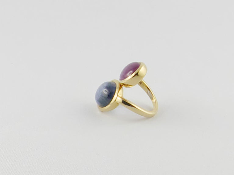1980s David Webb Ruby Sapphire 18 Karat Gold Crossover Ring In Good Condition For Sale In Torino, IT