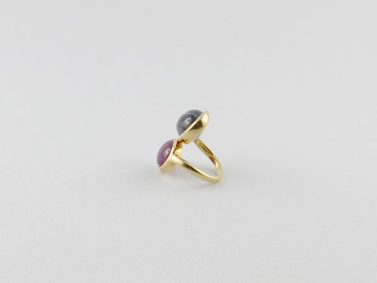 1980s David Webb Ruby Sapphire 18 Karat Gold Crossover Ring For Sale 2