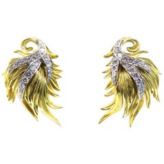 1980s Diamond 18 Karat Gold Ear Clips