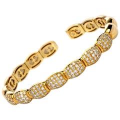 1980s Diamond 18 Karat Yellow Gold Cuff Bangle Bracelet