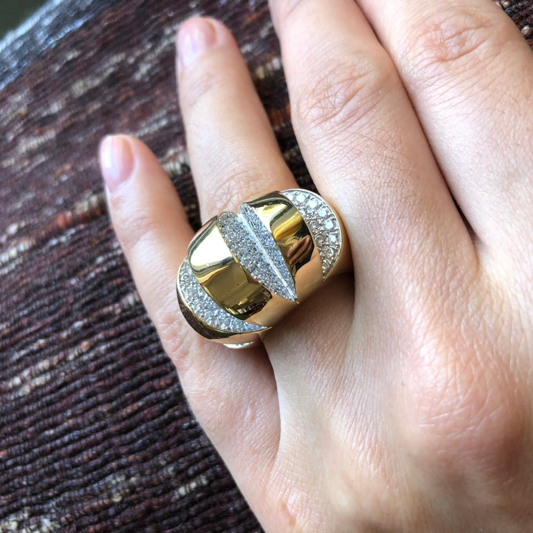Modernist 1980s Diamond and Gold Geometric Cut-Out Cocktail Ring For Sale