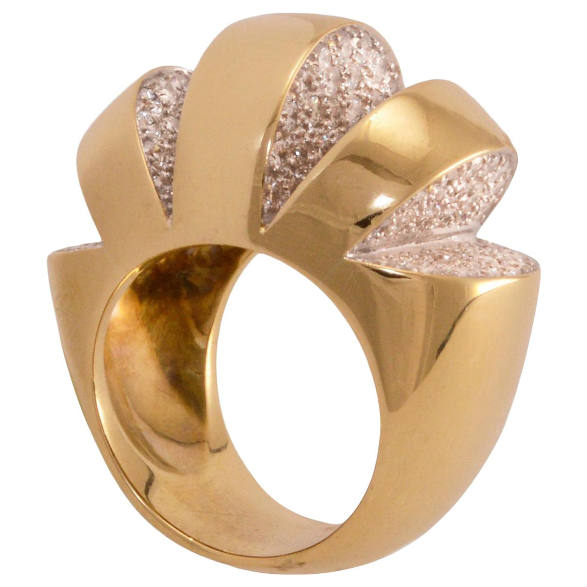 1980s Diamond and 18k Bold Gold Cocktail Ring