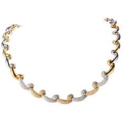 1980s Diamond Cluster 18 Karat Two-Tone Gold Chocker Link Necklace