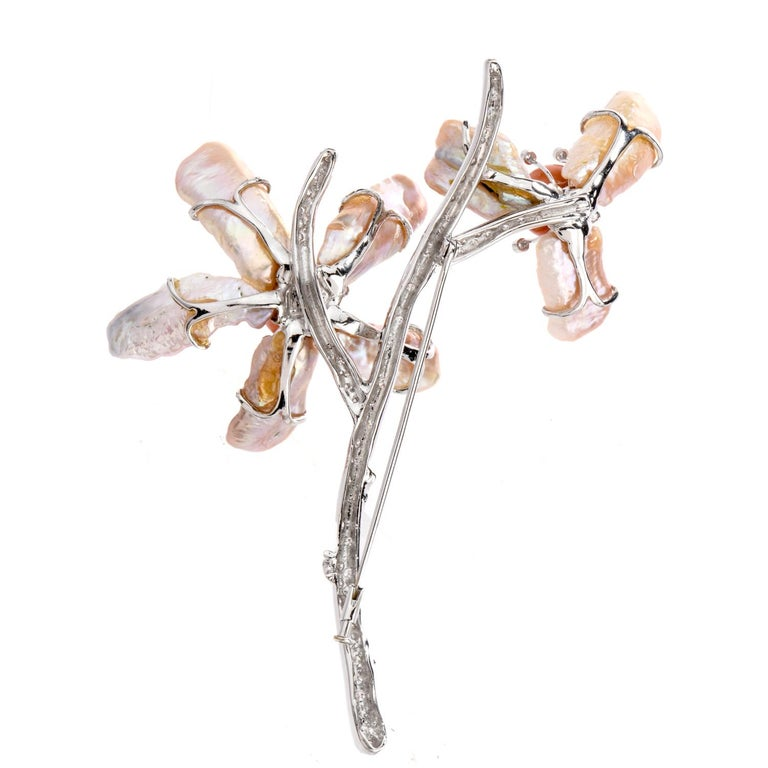 1980s Diamond Coral Pearl 18 Karat Large Floral Motif Brooch Pin In Excellent Condition For Sale In Miami, FL