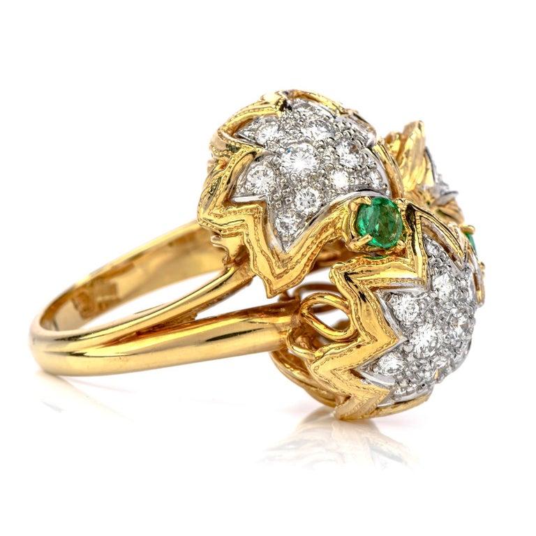Modern 1980s Diamond Emerald 18 Karat Gold Large Star Cocktail Bombe Ring For Sale