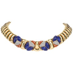 1980s Diamond Lapis and Coral Beetle 18 Karat Gold Link Choker Necklace