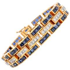 1980s Diamond Sapphire 18 Karat Gold Wide Panther Link Bracelet