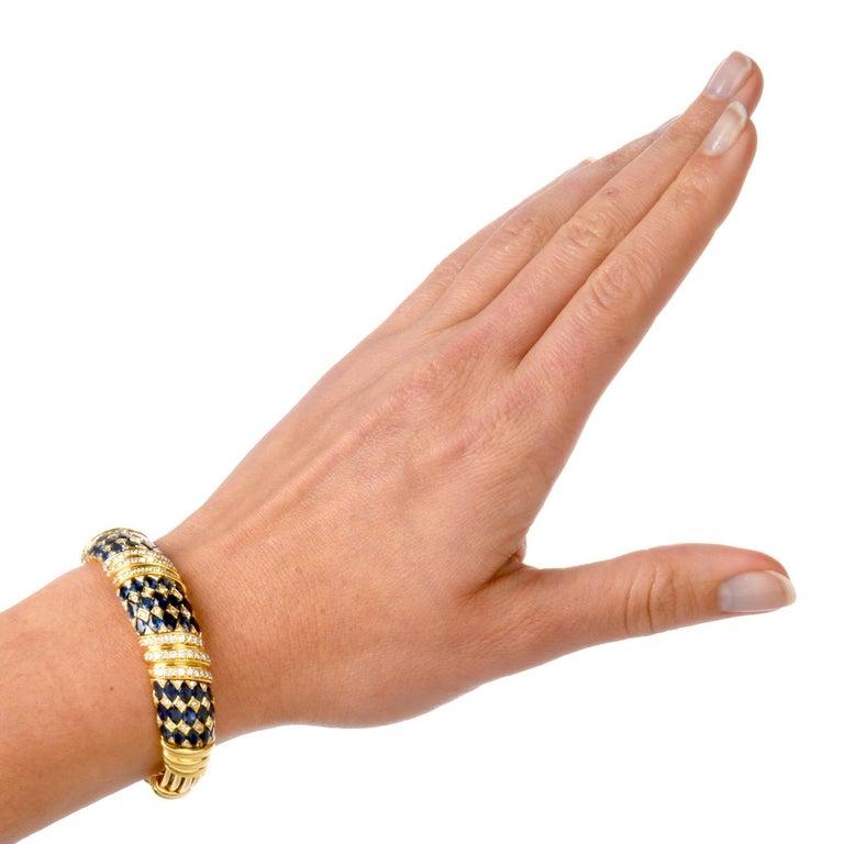 1980s Diamond Sapphire 18 Karat Yellow Gold Cuff Bracelet For Sale 2