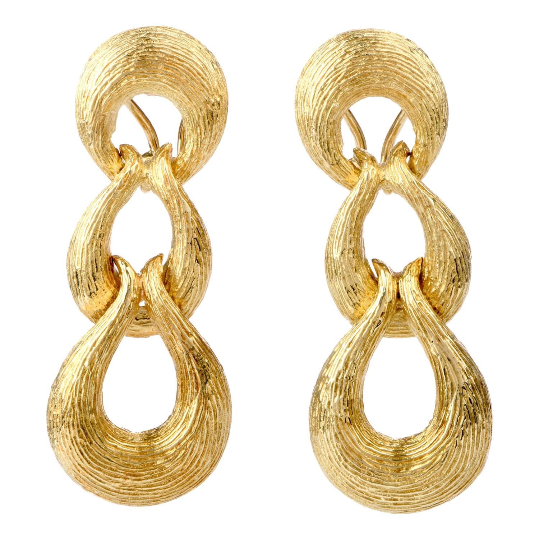 1980s Doorknob Dangling Bark Finished 18 Karat Gold Earrings