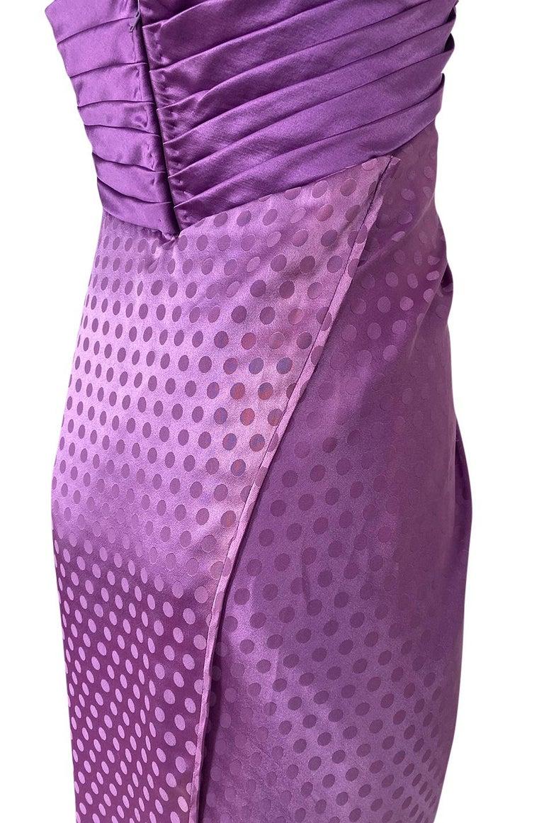 1980s Emanuel Ungaro Strapless Dotted Purple Fluid Silk Dress For Sale 6
