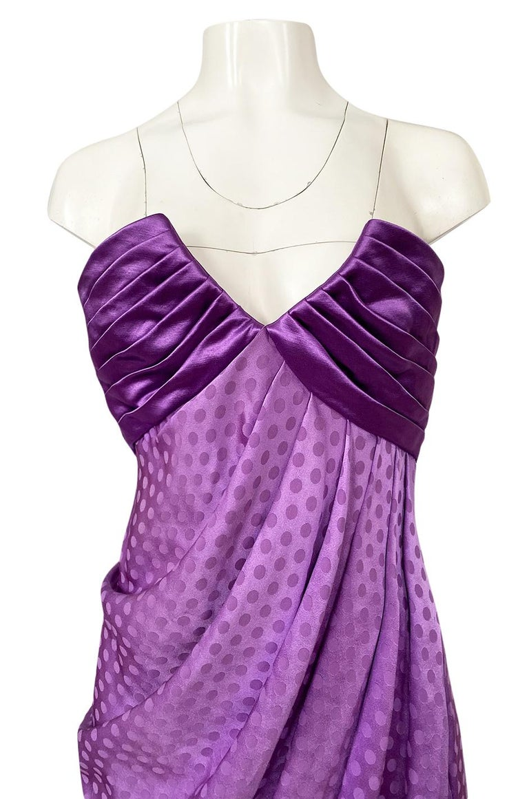 1980s Emanuel Ungaro Strapless Dotted Purple Fluid Silk Dress For Sale 3