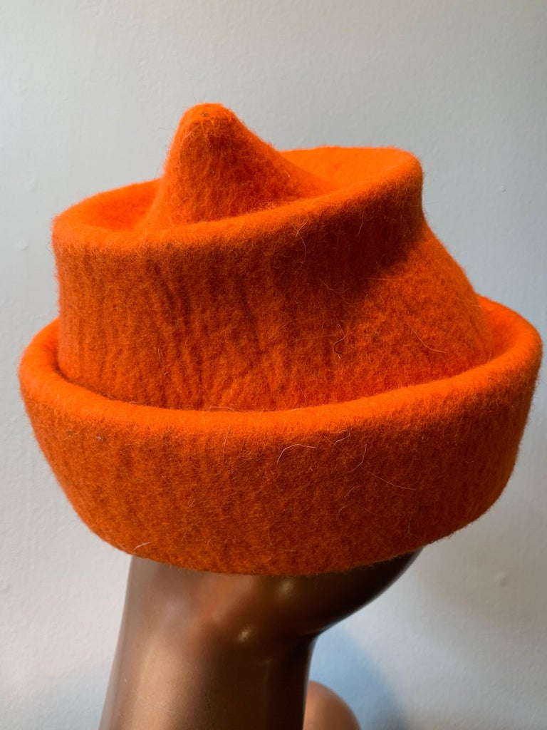 Women's or Men's 1980s Erratica by Jean Hicks Vibrant Orange Molded Wool Felt Pagoda Shaped Hat  For Sale