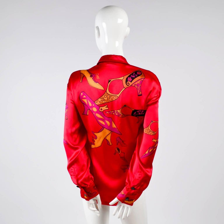1980s Escada Blouse in Silk Novelty Print w Stylized Shoes in Red Pink and Gold For Sale 5