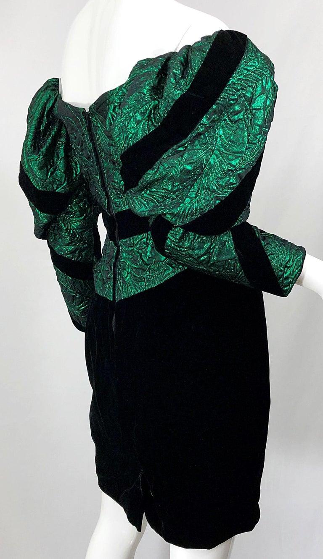 1980s Eugene Alexander Avant Garde Green + Black Vintage 80s Mini Dress For Sale 7