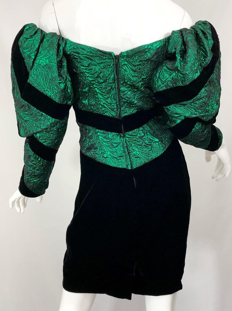 1980s Eugene Alexander Avant Garde Green + Black Vintage 80s Mini Dress In Excellent Condition For Sale In Chicago, IL