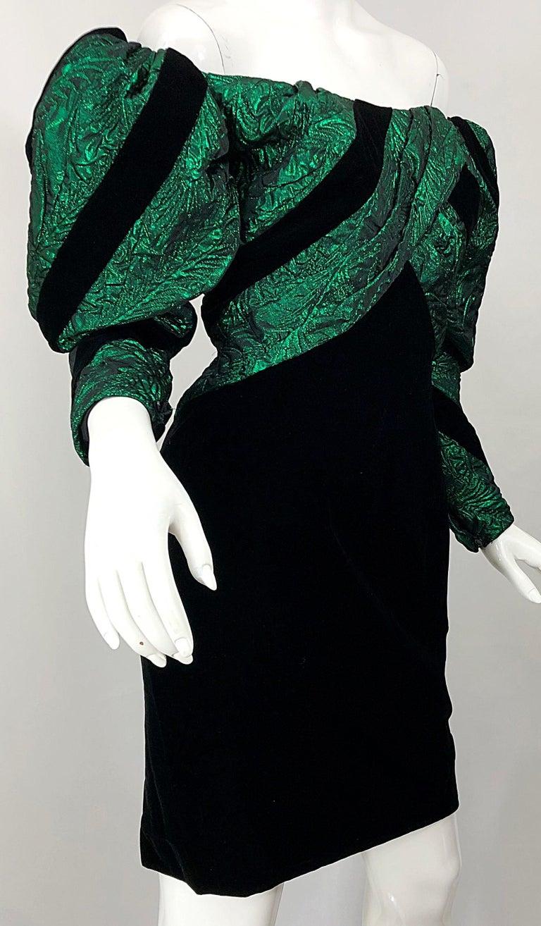 1980s Eugene Alexander Avant Garde Green + Black Vintage 80s Mini Dress For Sale 3
