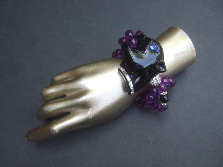 1980s Figural Lucite Panther's Head Jeweled Crystal Resin Beaded Bracelet  For Sale 1