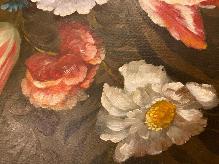 1980s Flower Bouquet Oil on Canvas Painting For Sale 3