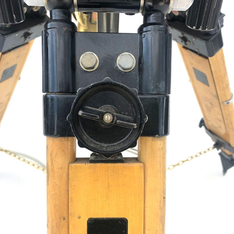 1980s Francis British Brass Search Light Russian Military Gyroscope Tripod Lamp For Sale 2