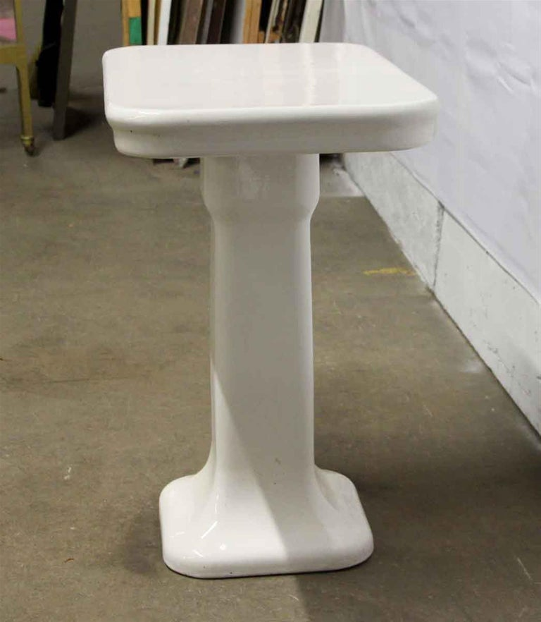 Late 20th Century 1980s French Art Deco White Ceramic Bathroom Console For Sale