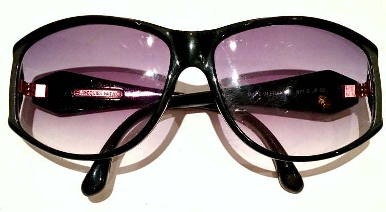 1980'S French Black & Gold Sunglasses By, Jacques Fath In Good Condition For Sale In West Palm Beach, FL