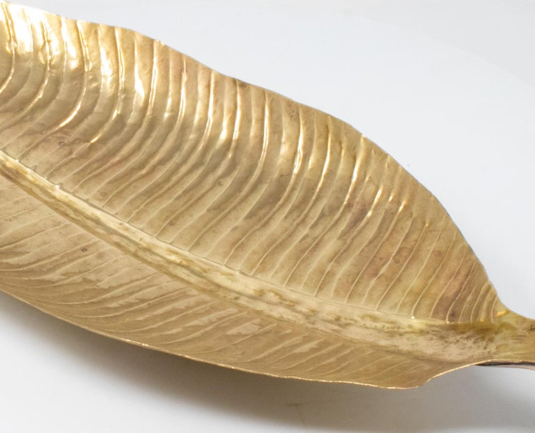 20th Century 1980s French Bronze Leaf Shaped Tray For Sale
