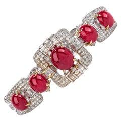 1980s GIA Ruby Diamond 18 Karat Gold Oval Cabochon Bracelet