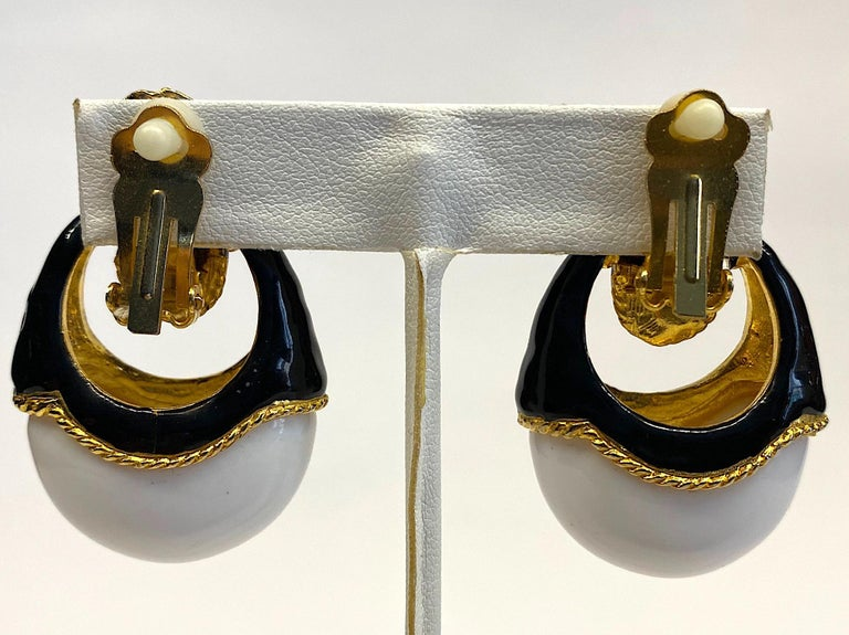 1980s Gold, Black Enamel and White Cabochon Pendant Earrings For Sale 7