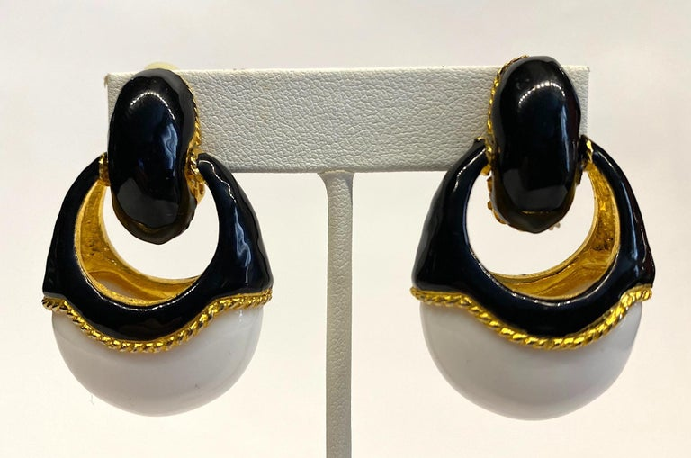 1980s Gold, Black Enamel and White Cabochon Pendant Earrings For Sale 5