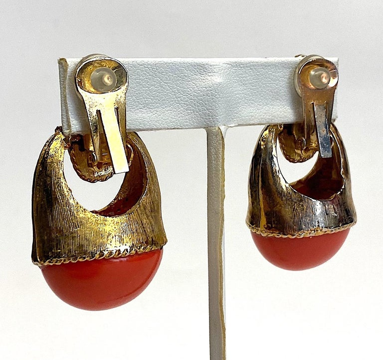 Women's 1980s Gold with Large Coral Cabochon Pendant Earrings For Sale