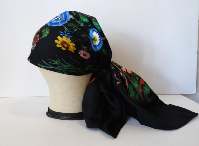 1980s Gucci Black Flora Printed Silk Scarf For Sale 2