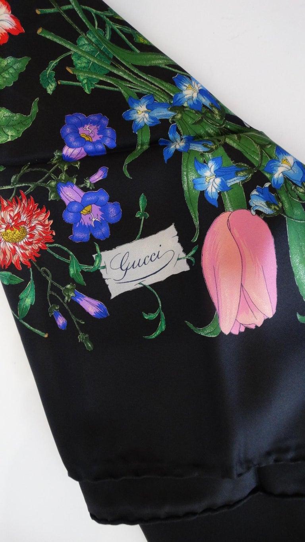 1980s Gucci Black Flora Printed Silk Scarf For Sale 3