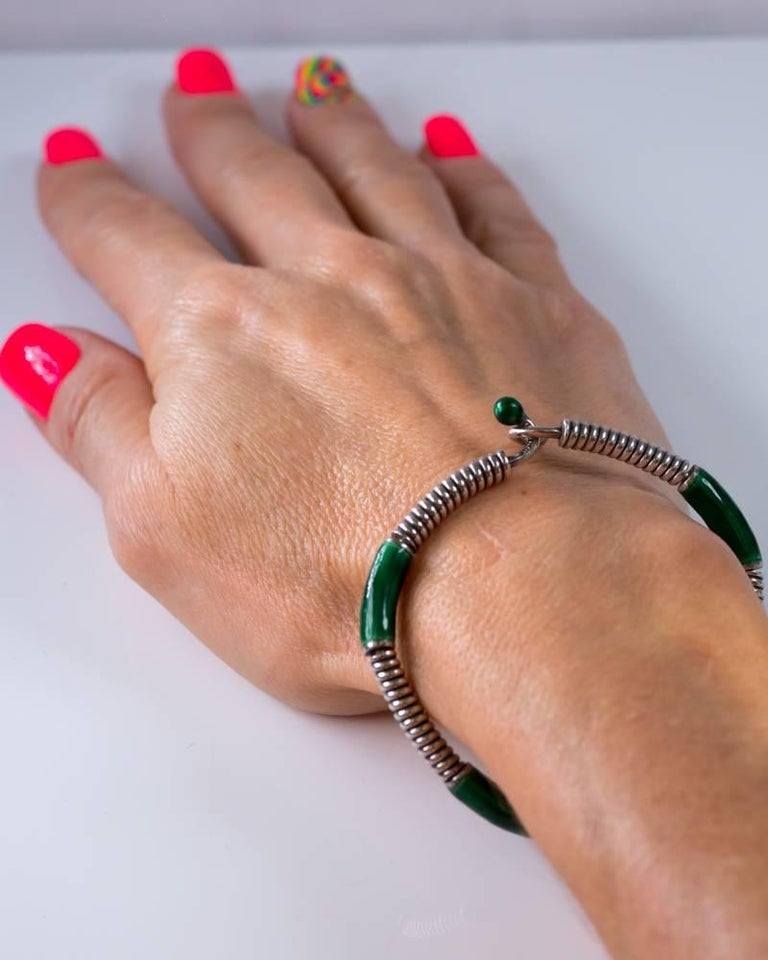 1980s Gucci Green Enamel Sterling Silver Bangle Bracelet For Sale 2