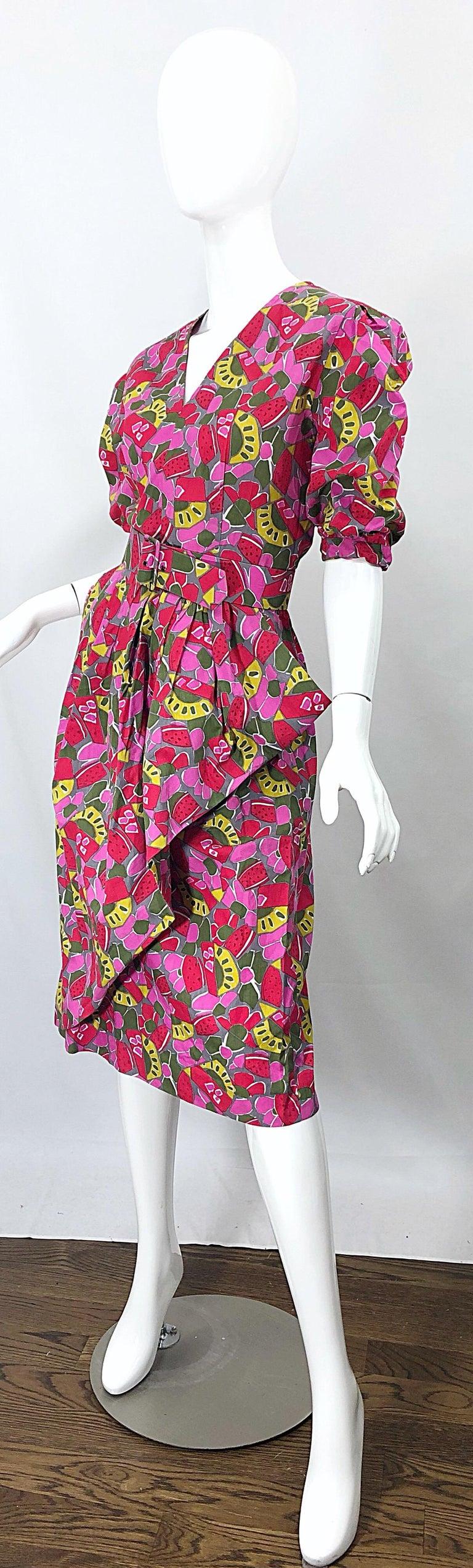Women's 1980s Guy Laroche Size 44 / 12 Novelty Fruit Print Avant Garde Vintage 80s Dress For Sale
