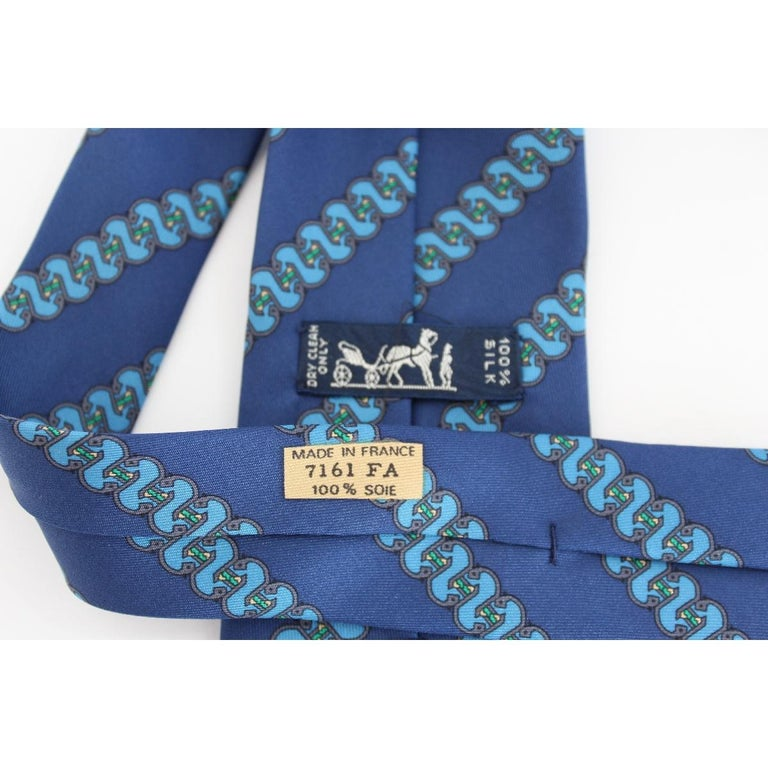1980s Hermes Blue Silk Snake Tie 7161 FA In Excellent Condition For Sale In Brindisi, Bt