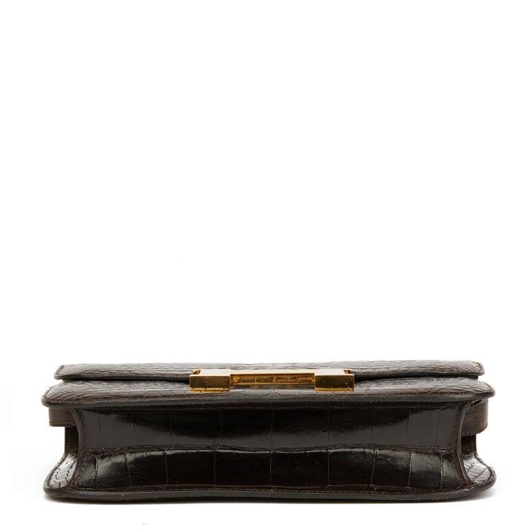 1980's Hermes Marron Fonce Shiny Caiman Crocodile Leather Vintage Constance 24 In Excellent Condition For Sale In Bishop's Stortford, Hertfordshire