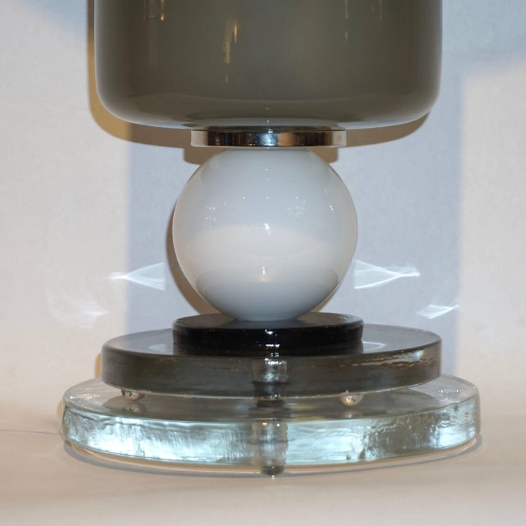 Silver Leaf 1980s Italian Geometric Pair of White Black and Silver Gray Murano Glass Lamps For Sale