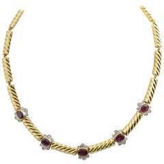 1980s Italian Ruby Diamond Gold Necklace