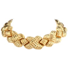 1980s Italian Wide 18 Karat Criss Cross Choker Necklace