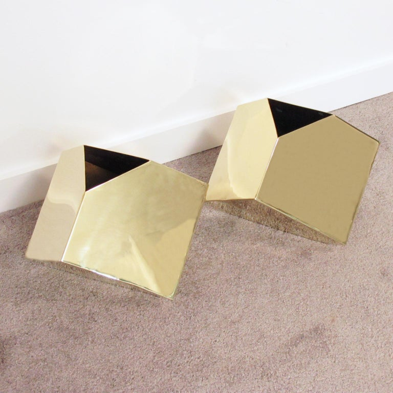 Beautiful 1980s pair of Postmodernist sleek cubist brass vases by James Johnston. High gloss polished heavily gilded brass vases with an impressive cutting edge sleek architectonic design form and small triangle opening. They can also be used as